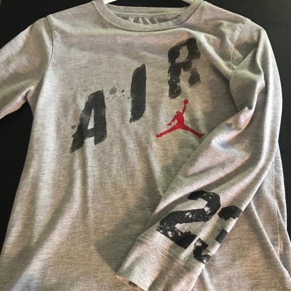 bb8d51089be0 Jordan Other - Air Jordan t-shirt youth 12-13